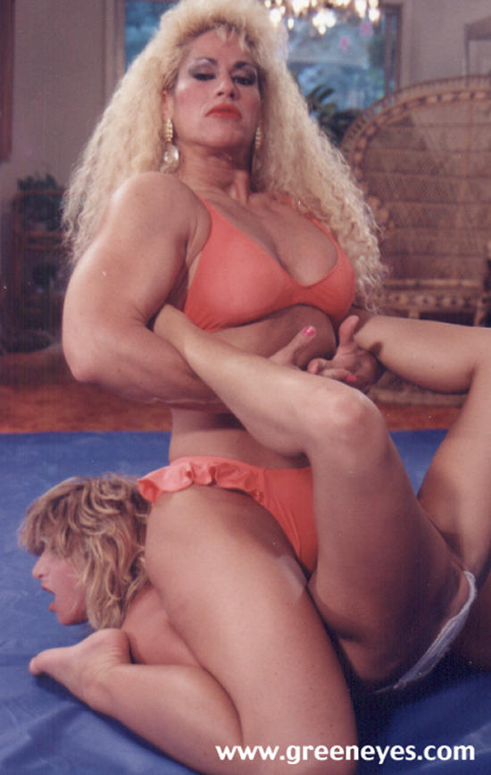 muscle wrestling Female domination