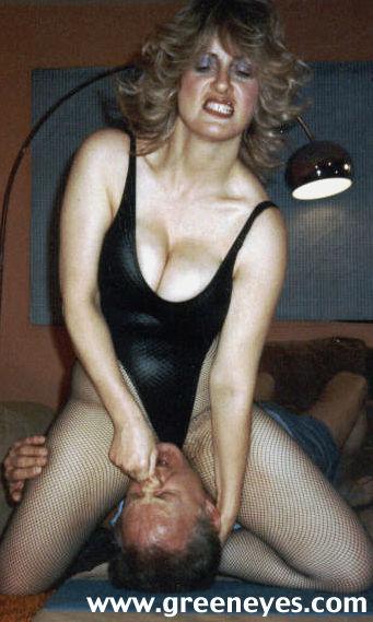 Nancy novak facesitting - 3 part 4